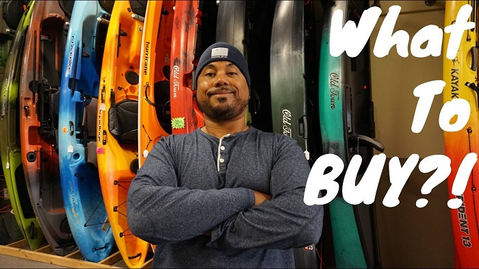 What color fishing kayak should you get