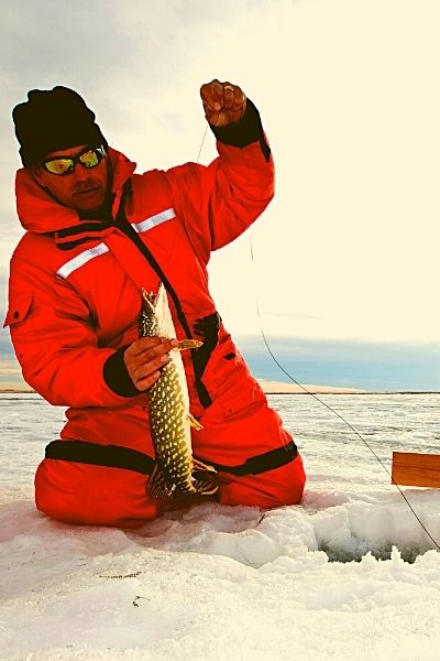 find good ice Fishing Spots